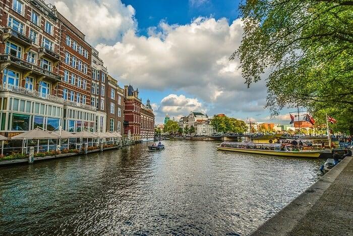 אמסטרדם- עיר התעלות